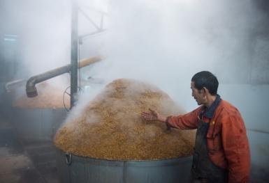 亿博国际备用酿酒工艺流程