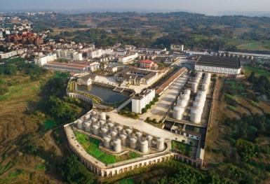 桂康航拍酿酒基地